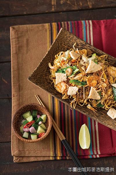 印尼海鮮炒麵(本圖由城邦麥浩斯提供)